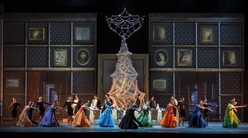 """La favola de """"Lo schiaccianoci"""" reinterpretata da Giuliano Peparini: un ritorno trionfante al Teatro dell'Opera di Roma"""